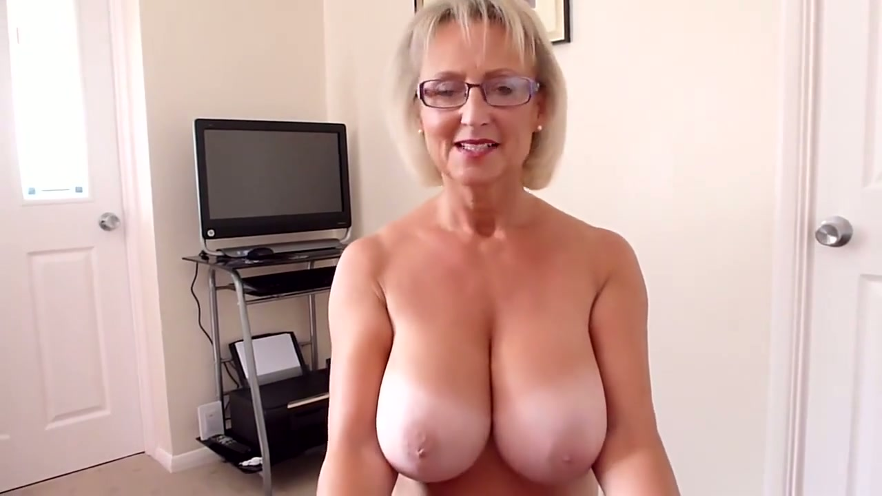 Webcam Big Tits Blowjob