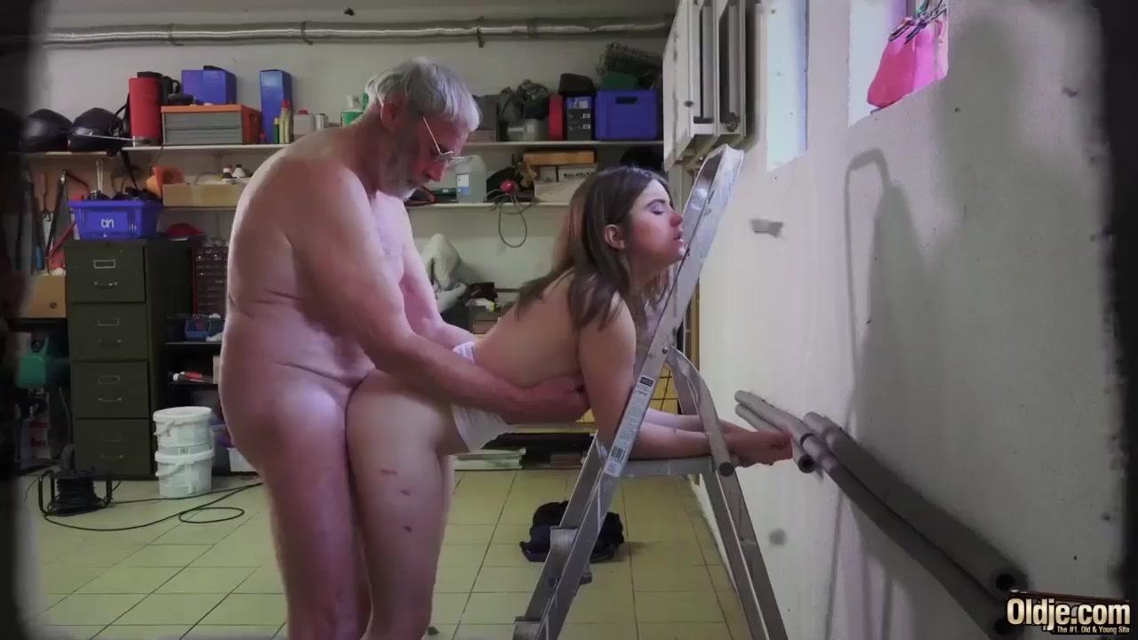 British Big Tits Escort